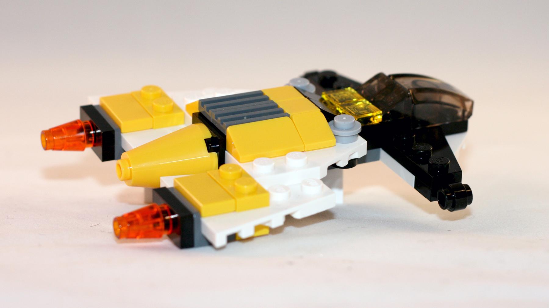Lego 31001 Alternate Moc Galactic Cruiser Huckleberry Brick