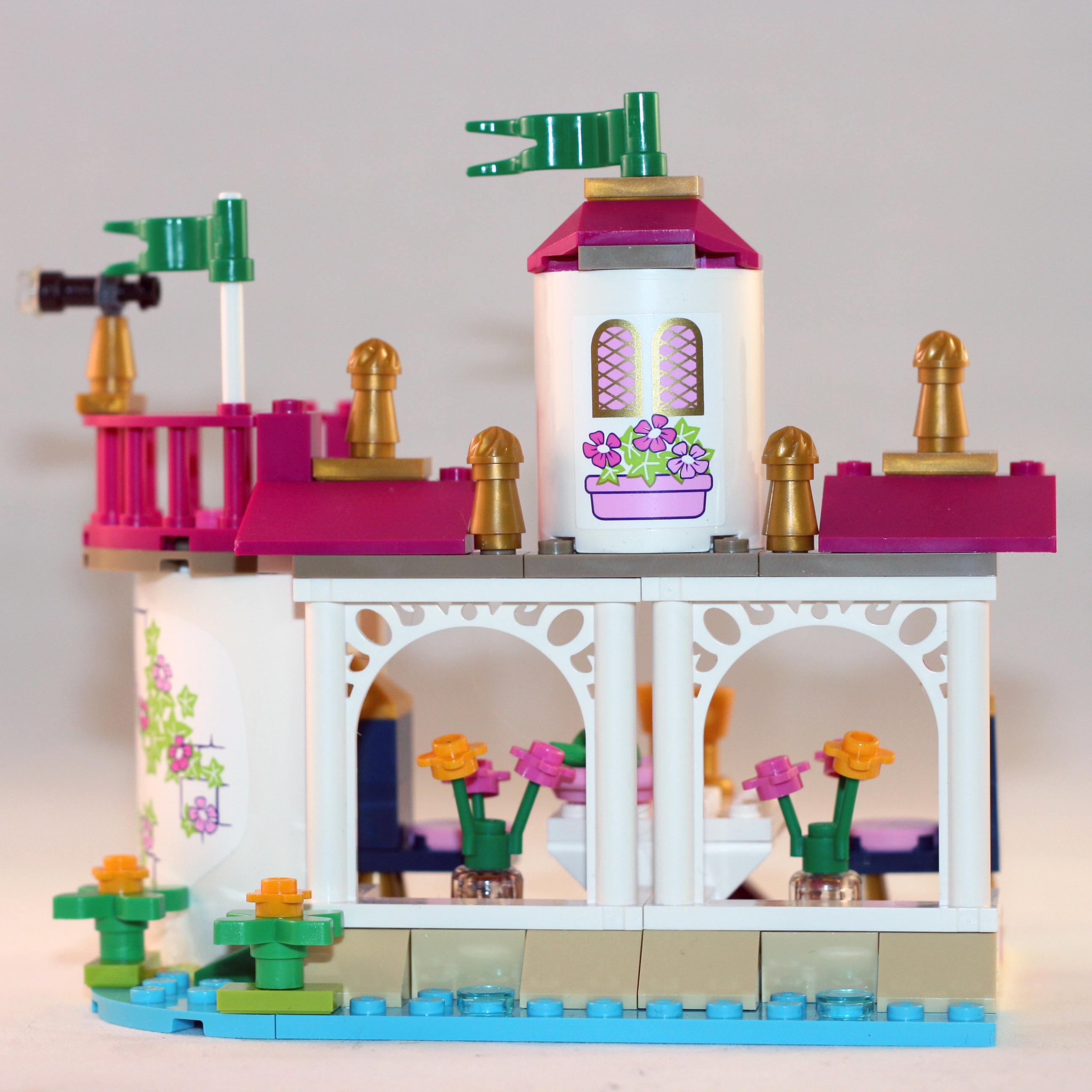 LEGO_Ariel_Building_1