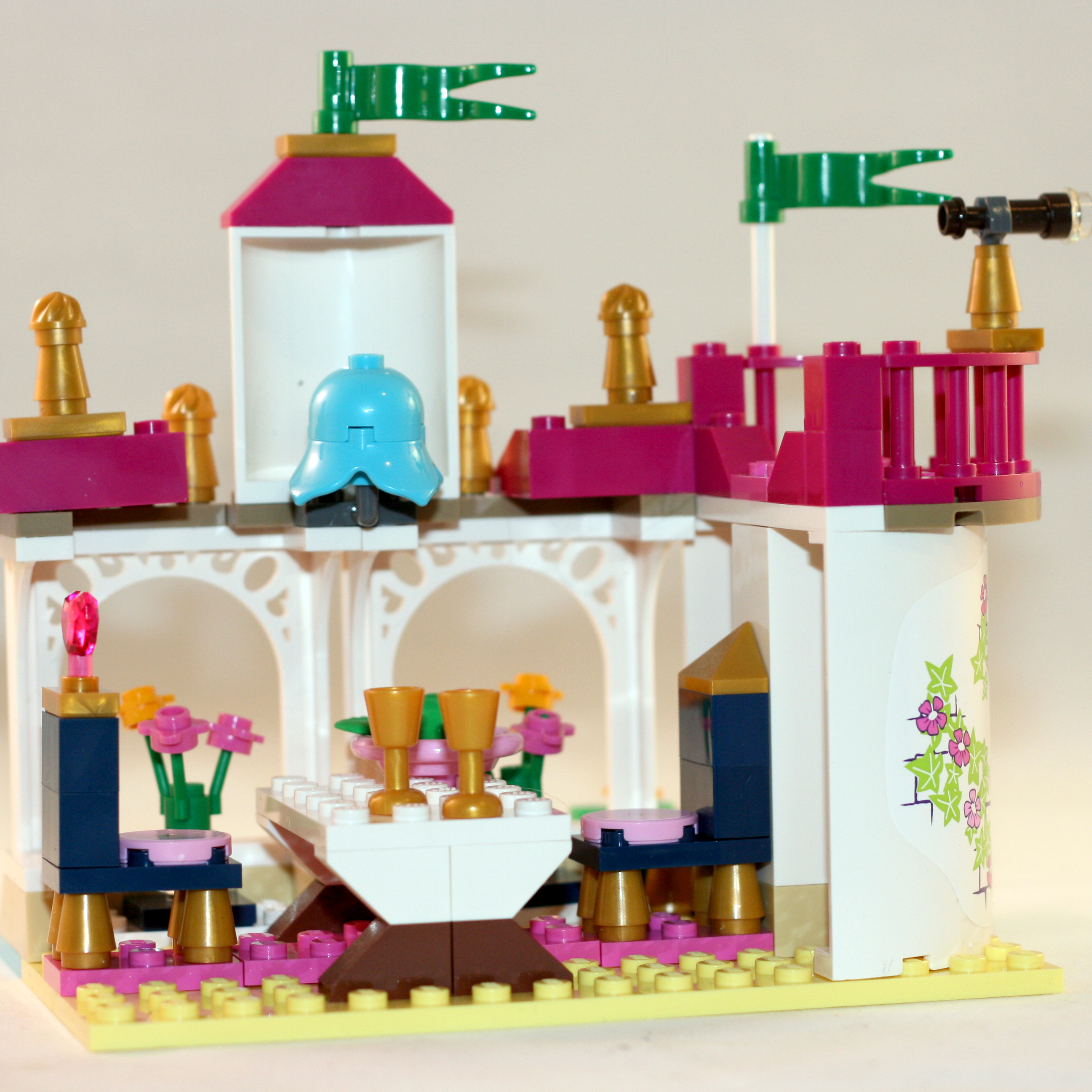 LEGO_Ariel_Building_2